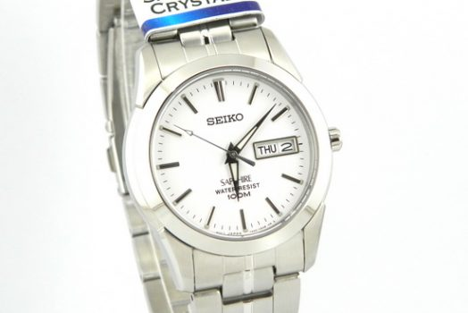 SEIKO SSG713P1 Men's white dial wrist watch with day and date & Sapphire crystal Glass